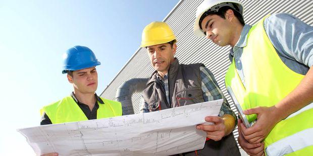 nicolas jimenez  23 ans  assistant chef de chantier